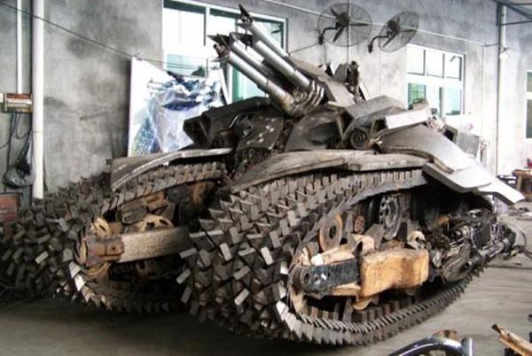 The Alien Tank