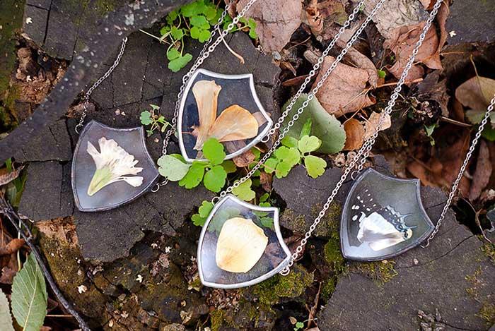 pressed flower leaf jewellery